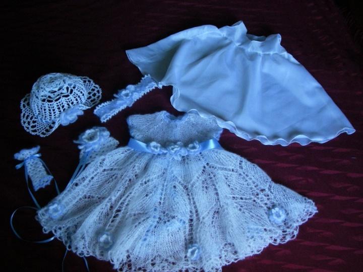 krikstynu suknele