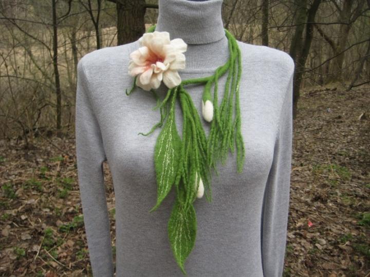 Pažadinta gėlė