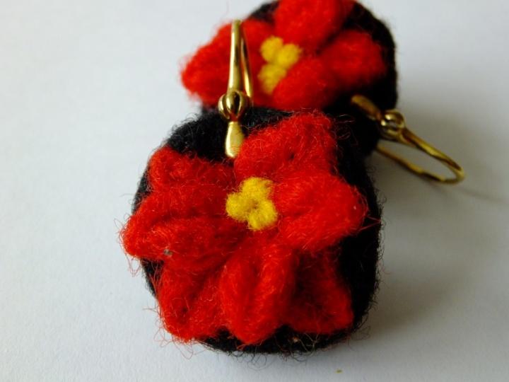 Auskarai - gėlytės