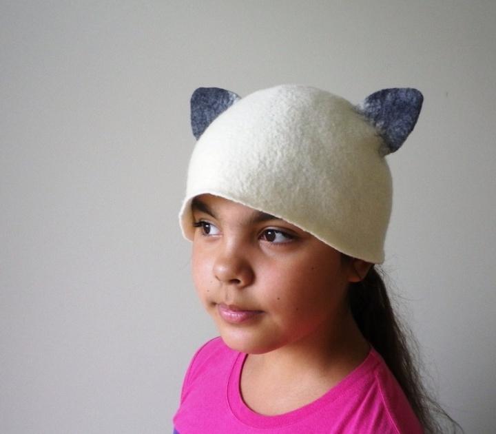 """Pirties kepurė """"Siamo kačiukas """""""