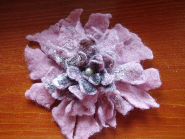 Rožinė gėlė