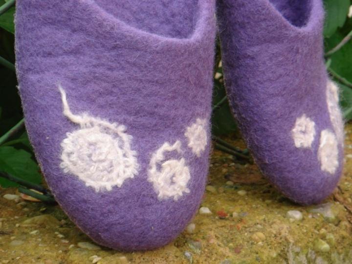 Violetines slepetes.