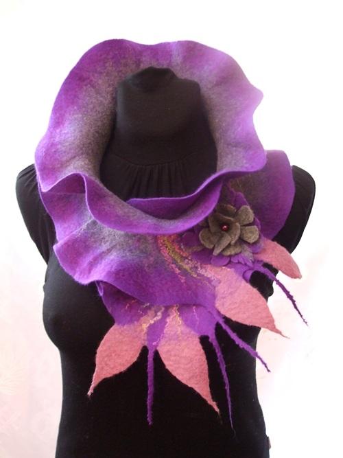 Violetinis šalikas