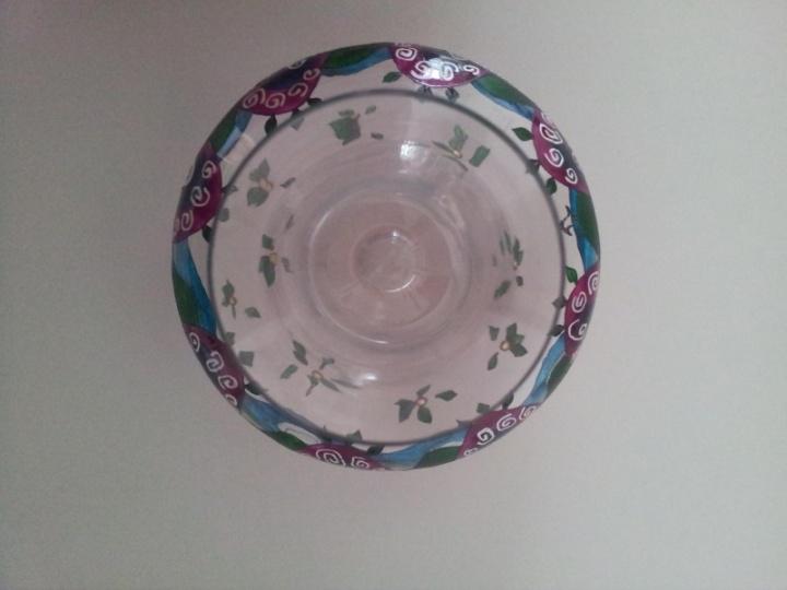 Afrikietiškas dekanteris ir dvi taurės v