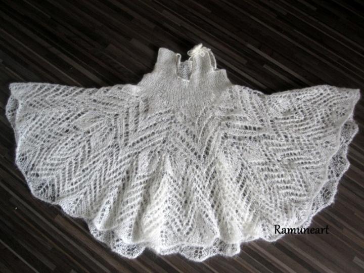 Megzta krikštynų suknytė