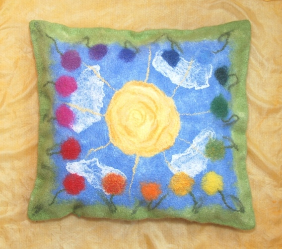 Saulėta pagalvėlė