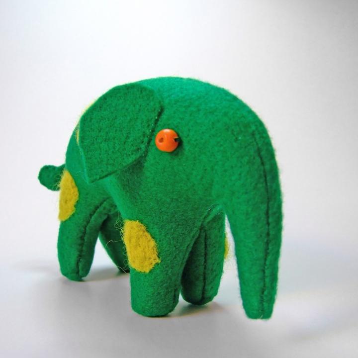 Taškuotas drambliukas