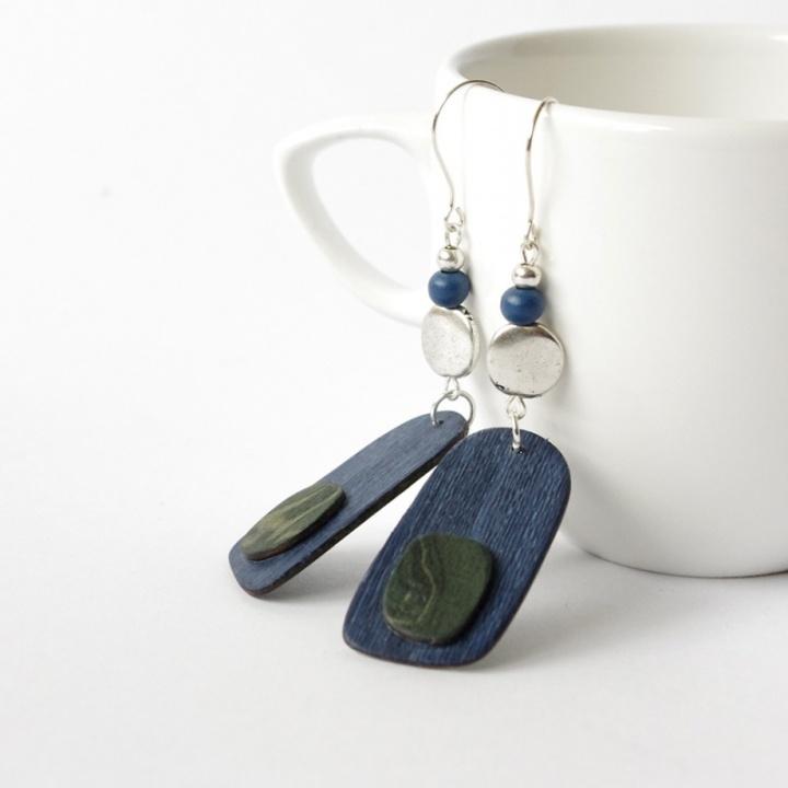 Pavasario gaiva - mėlyni mediniai auskar
