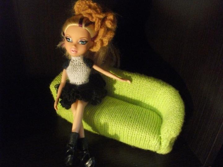 sofa lėlėm
