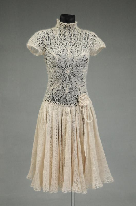 Suknelė iš mocheros