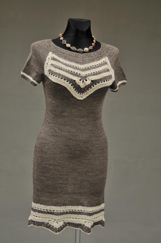 Suknelė iš pusvilnės