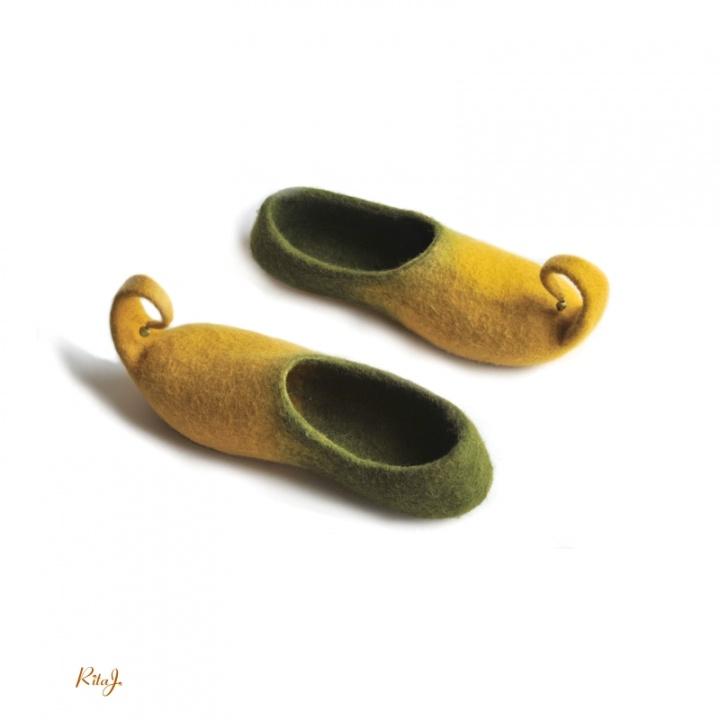 Veltos šlepetės/ Felted slippers Mukas