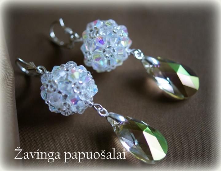 Burbuliukų auskarai su kristalais
