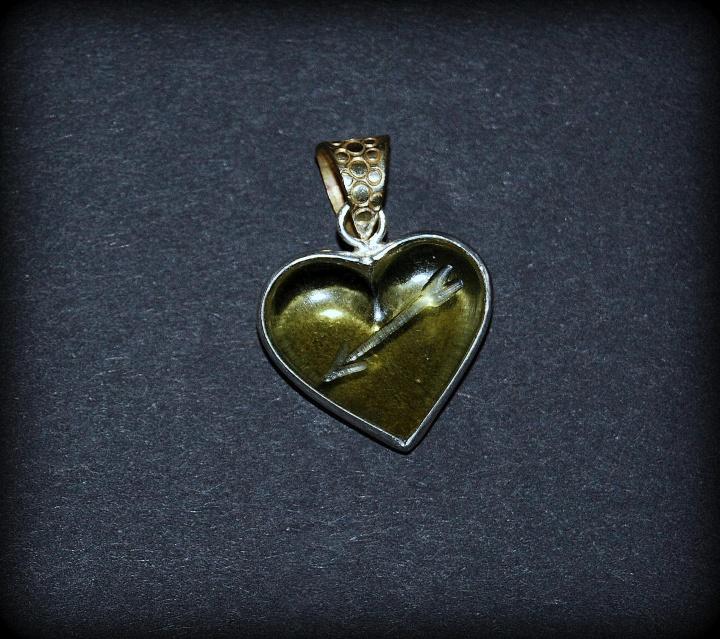 Gintarinė širdelė
