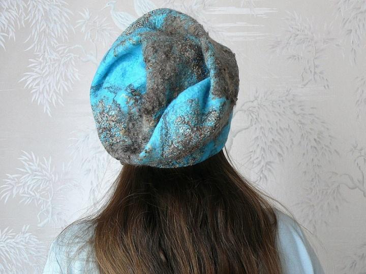 """Kepurė moteriška """"Žydra"""""""