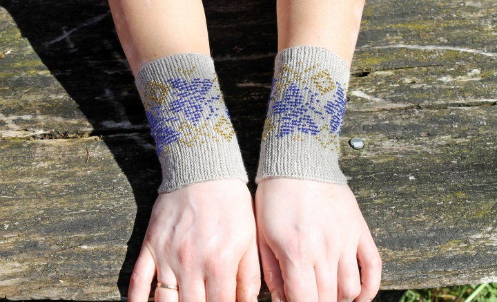 mėlyni drugeliai riešinės, rankų darbo