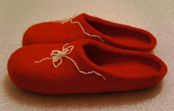 Raudonos 3
