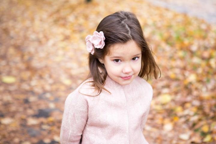 Rožinis švarkelis mergaitei
