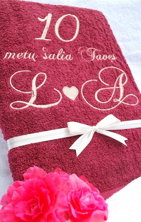 Alavininių arba rožinių vestuvių proga