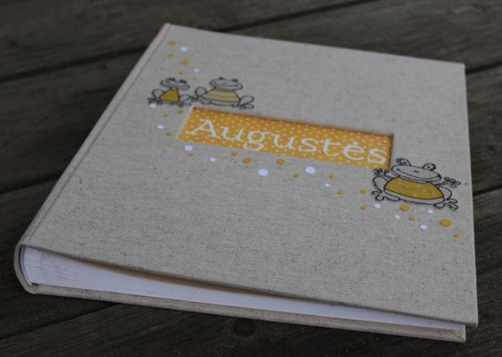 """albumas """"Augustė"""""""