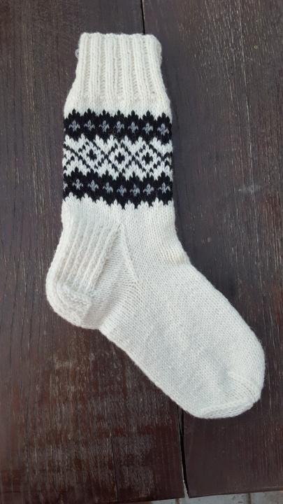 baltos kojines
