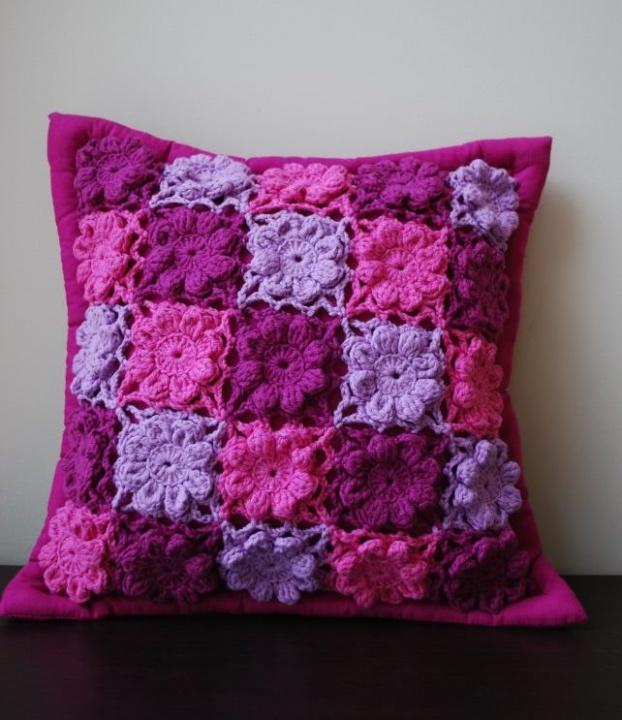 Dekoratyvinė pagalvėlė levandų dvelksmas