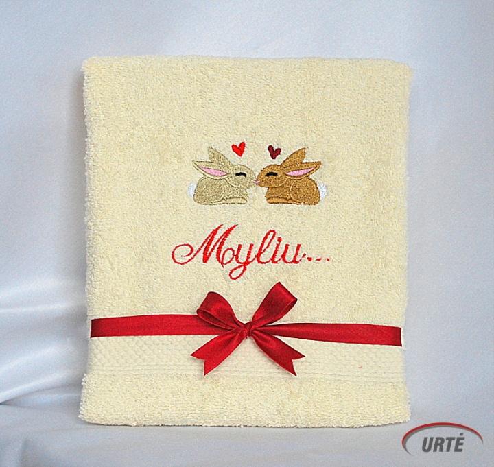 Įsimylėję kiškučiai - Siuvinėtas rankšluostis