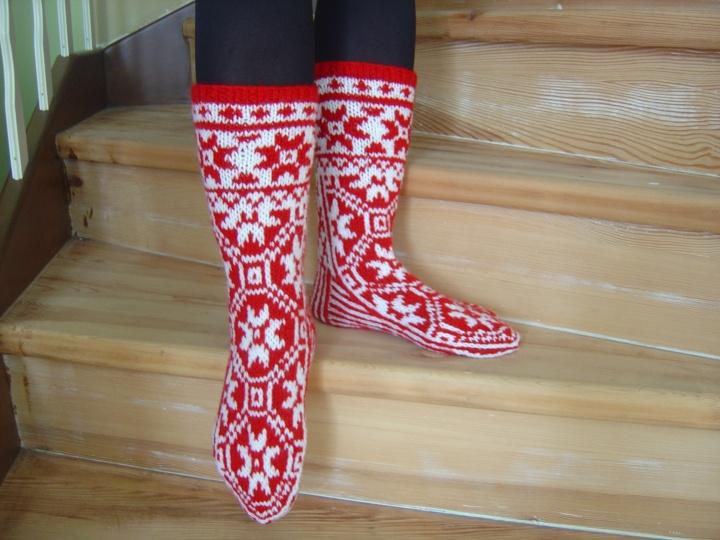 Megztos kaledines kojines