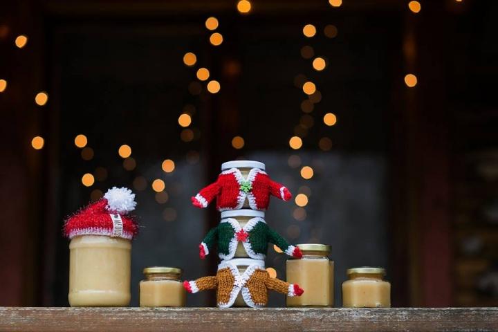 Kalėdinis dovanų dekoras