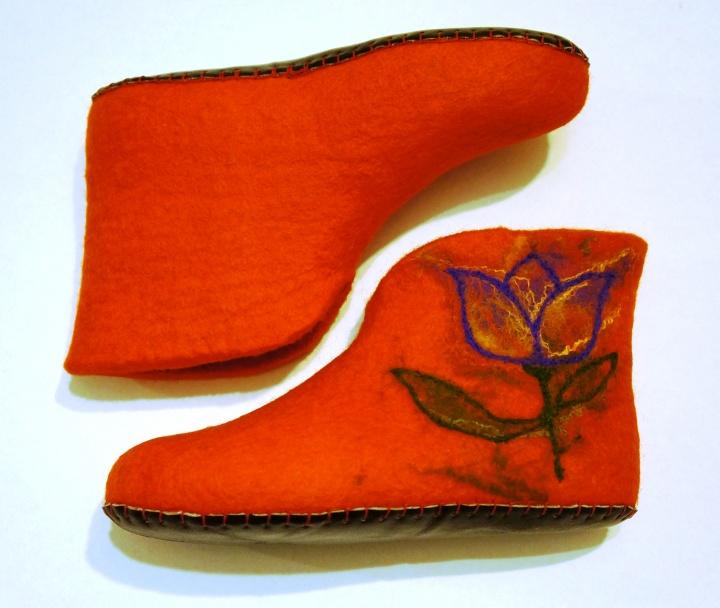 """Kambariniai batai """"Tulpės"""""""