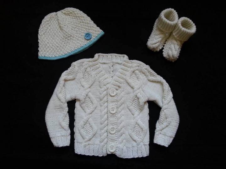 Megztas megztinis - komplektukas