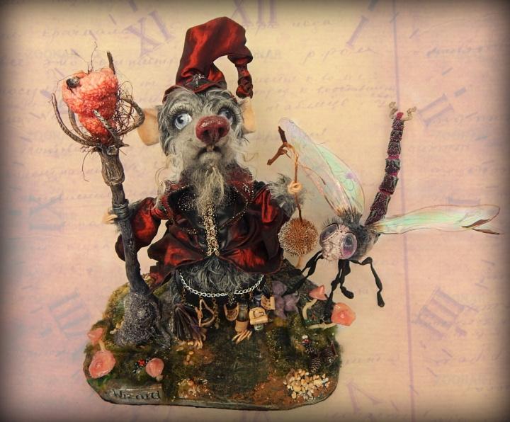 Nertas peliukas - kolekcinis žaislas - Slaptasis nykštukas Burtininkas ir Laumės Žirgas