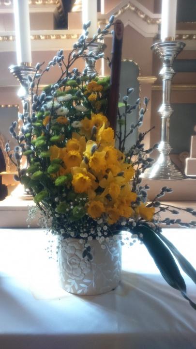 pavasarinės puokštės bažnyčiai