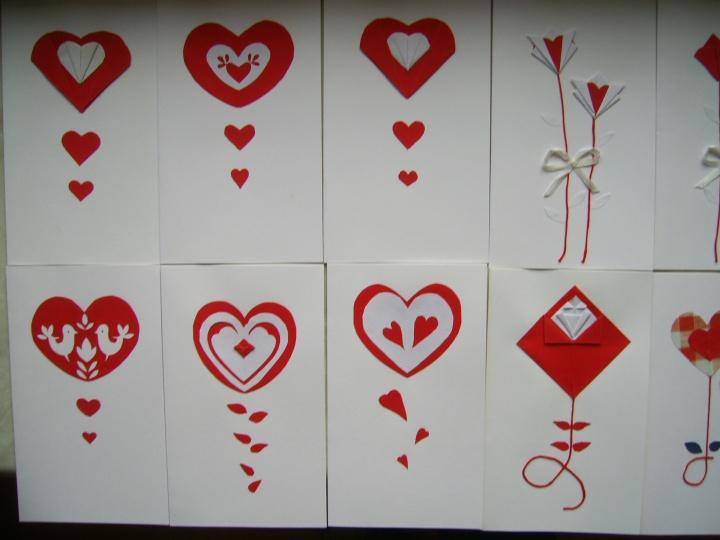 Raudona širdelė su linkėjimais
