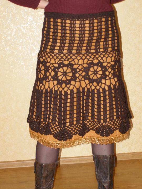 Rudas nertas sijonas
