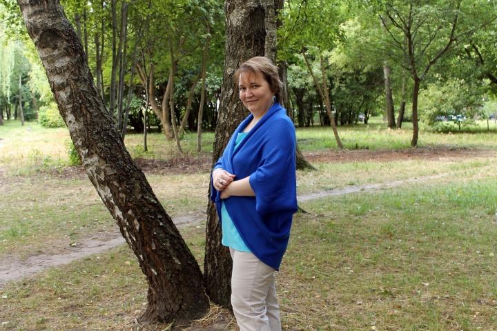 Rugiagėlės (mėlynas) universalaus dydžio megztukas - kardiganas