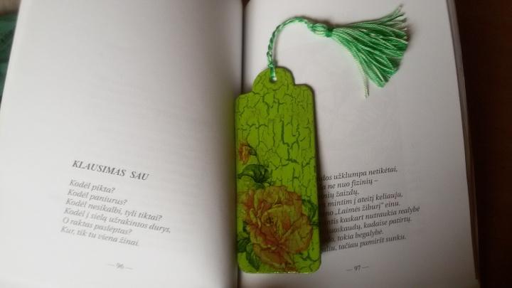 Skirtukas knygai,,Žydintis''