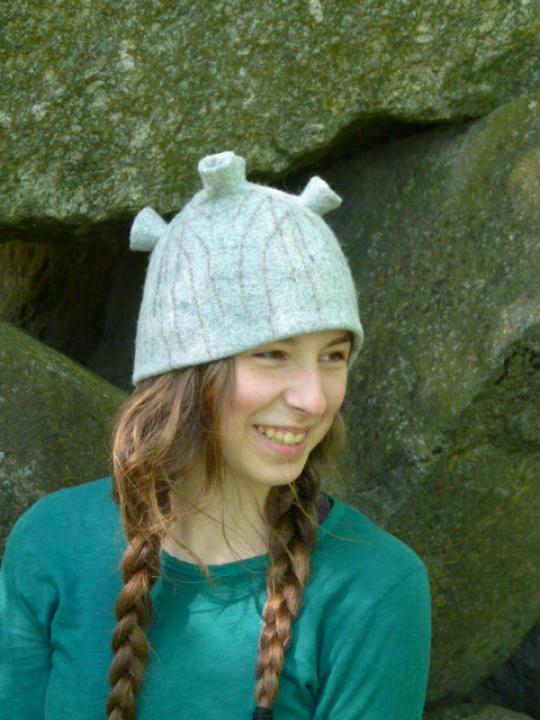 "velta kepurė ""kalno viršūnė"""