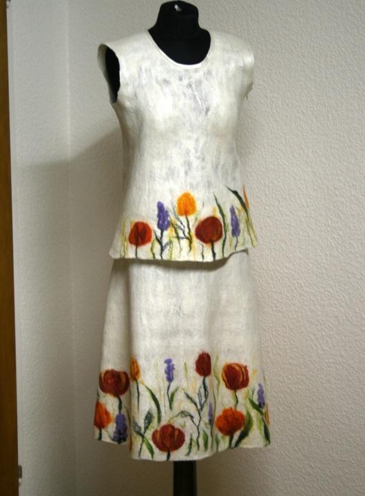 Veltas sijonas ir palaidinė ,,Gėlės sniege ,,