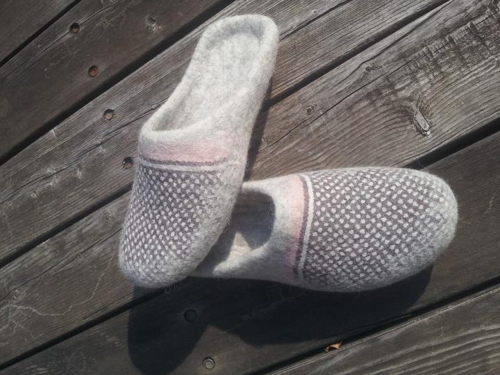 """Veltinio apavas """"Taškeliai"""""""
