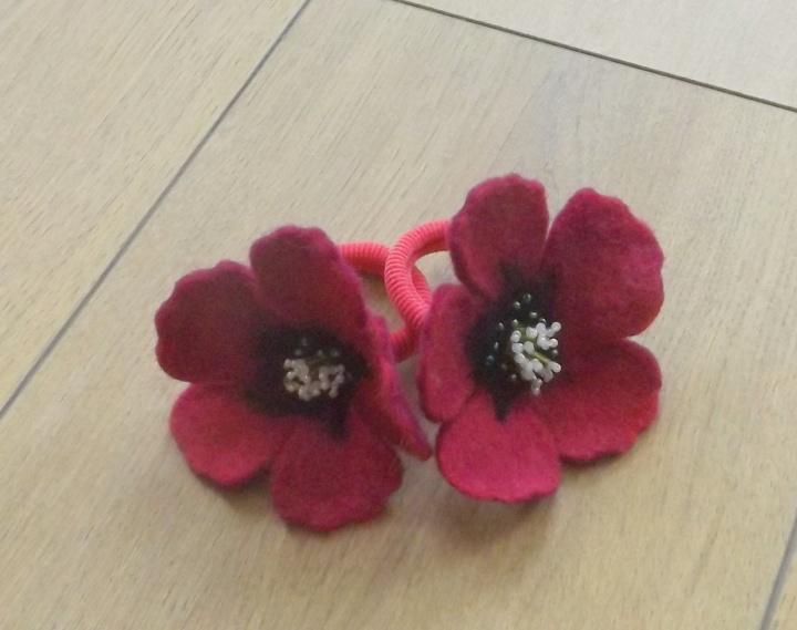 veltos avietinės gėlės