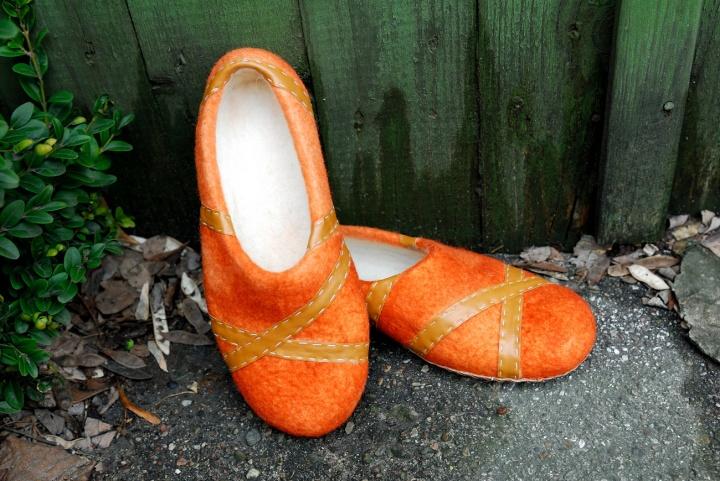 """Veltos moteriškos oranžinės šlepetės """" pasirinkau"""""""