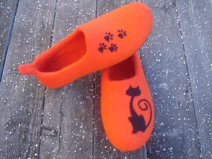 Veltos šlepetės-katino pėdos