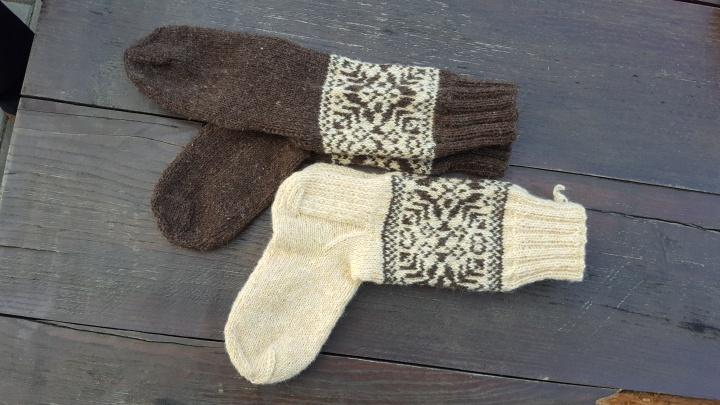vilnones kojines su rastu