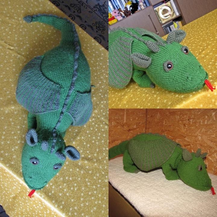 Žalias drakonas -pagalvė