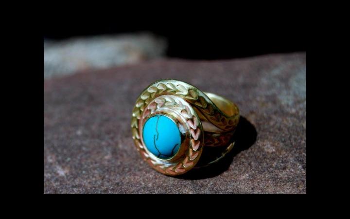 Žiedas su kaolinu