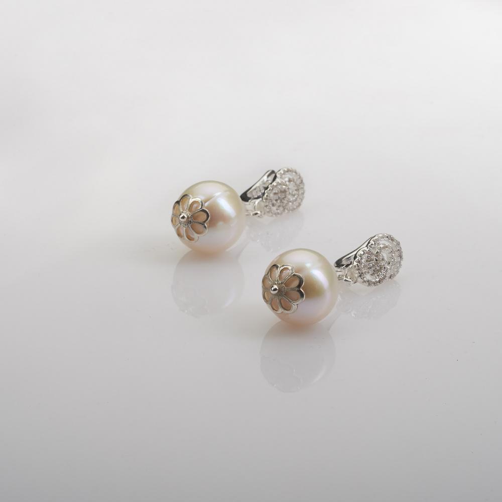 AU1 Auskarai - didelis perlas