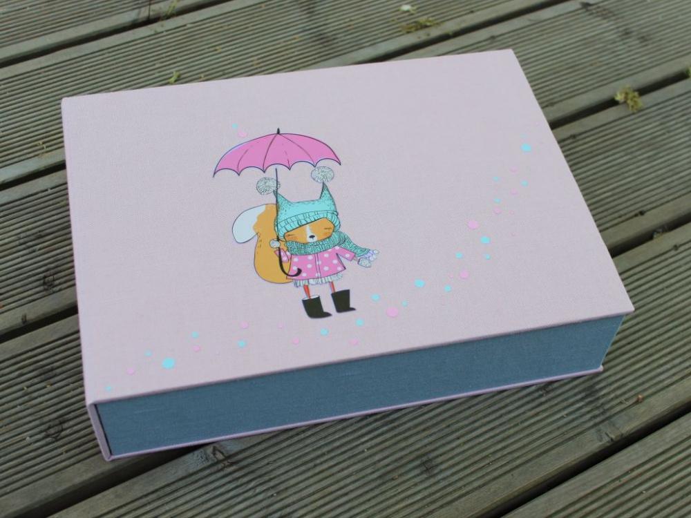 """dėžutė """"Lietaus lapė"""""""
