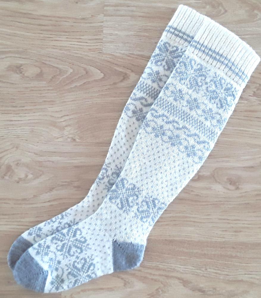 Ilgos žieminės  kojinės virš kelių