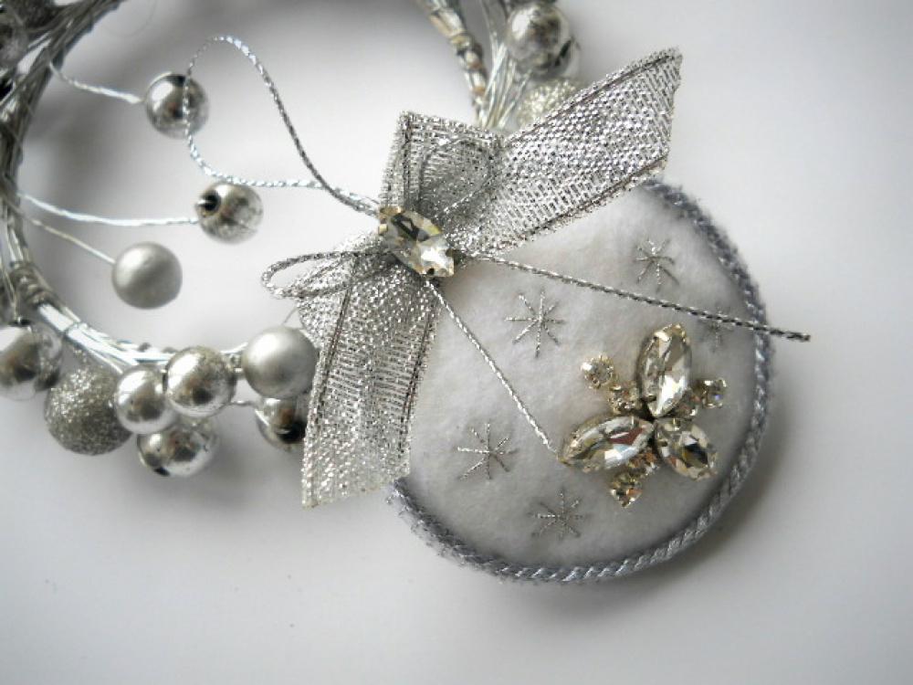 """Kalėdinis žaisliukas angeliukas, širdelė, burbulas  """"WHITE"""""""